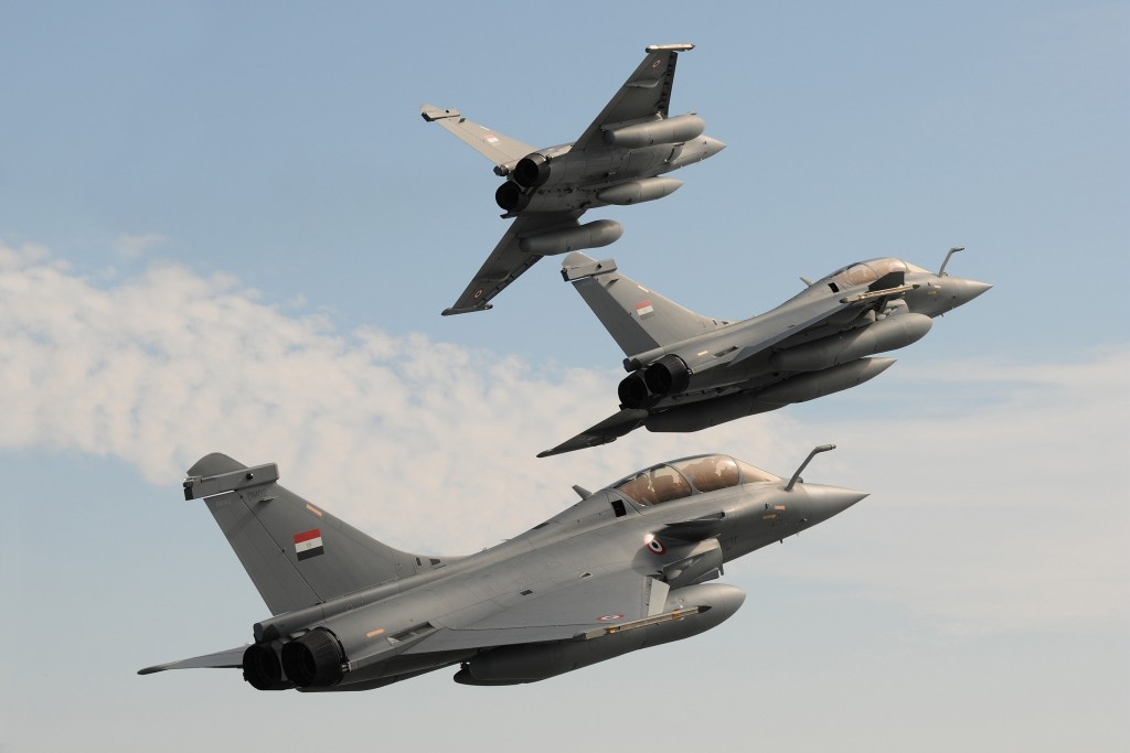 The first three Dassault Rafale DM fighters for Egypt are seen flying in formation shortly before their delivery to the Egyptian Air Force. © A. Pecchi / Dassault Aviation