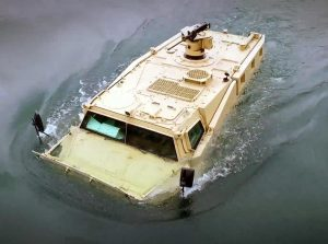 The amphibious version of the VAB Mark 3 was unveiled by Renault Trucks Defence. (RTD)