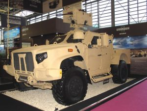 First appearance of Oshkosh Defence JLTV at Eurosatory, the vehicle having been selected in August 2015. (P. Valpolini)