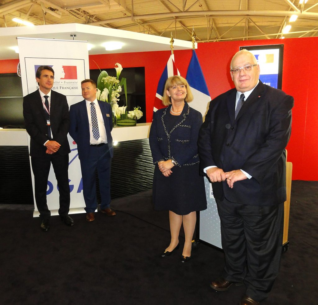 On 20 October 2016, during the 25th Euronaval show, Laurent Collet-Billon, Délégué général pour l'armement and his British counterpart Harriett Baldwin, have officially launched the Franco-British Maritime Mine Counter Measures project, in front of Patrice Caine and Ian King, respectively CEOs of Thales and BAE Systems. © J.-M. Guhl