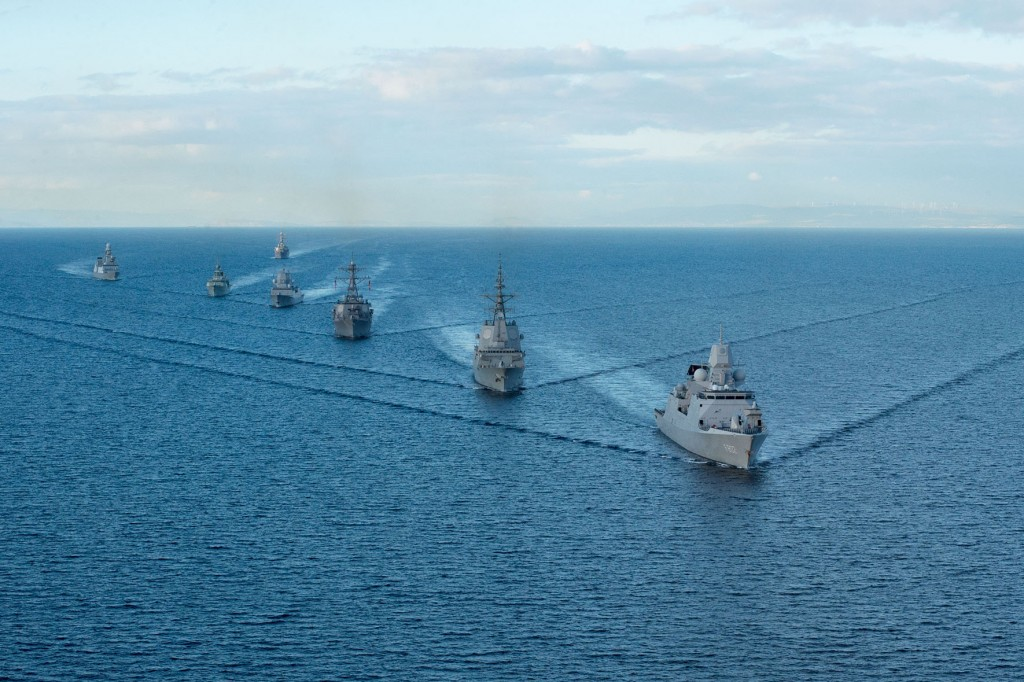 151018-N-XT273-083 ATLANTIC OCEAN (Oct. 18, 2015) The Arleigh Burke-class guided missile destroyer USS Ross (DDG 71) takes part in a ship formation to begin At Sea Demonstration 2015 (ASD 15) Oct. 18, 2015. ASD15, conducted under the auspices of the Maritime Theater Missile Defense (MTMD) Forum, is intended to assess and evaluate network interoperability between participating units. (U.S. Navy photo by Mass Communication Specialist 2nd Class Justin Stumberg/Released)