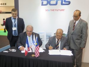 The signature of the agreement cooperation between French group DCNS and OTEC Centre of Universiti Teknologi of Malaysia (UTM OTEC) for the development of Ocean Thermal Energy Conversion (OTEC) in Malaysia. (Joseph Roukoz)