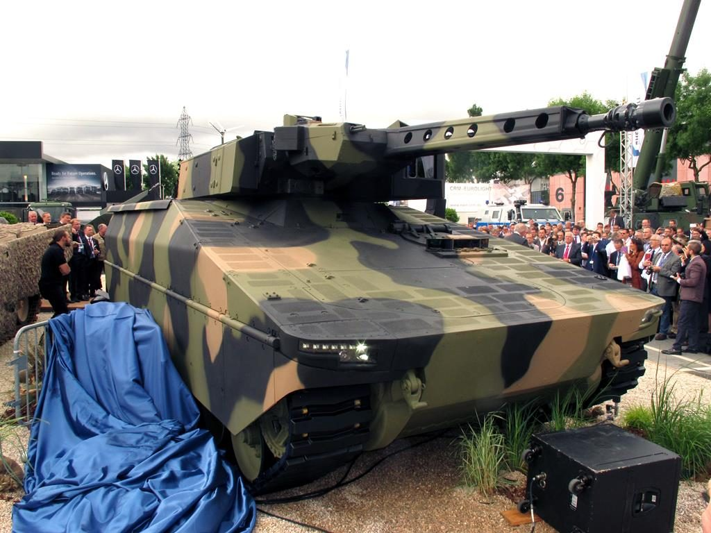 The unveiling of the Lynx at the Rheinmetall stand. (P. Valpolini)