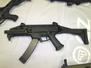 The Scorpion EVO 3 submachine gun is one of the most accurate and stable weapon of its category. (P. Valpolini)