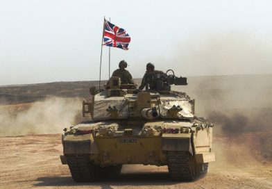 British and Omani Armed Forces train in the Desert