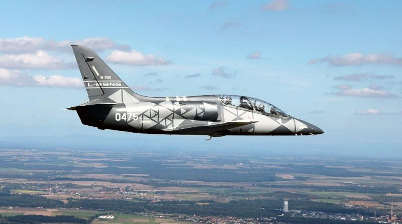 Senegalese Chief of Air Force flies L 39NG EDR Magazine
